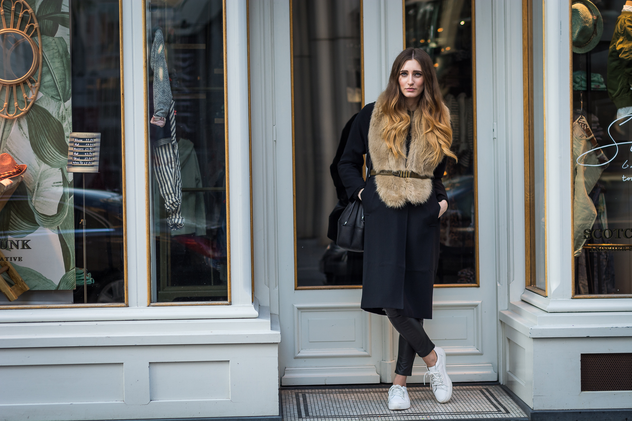 and its all about the coat | Lisa Fiege
