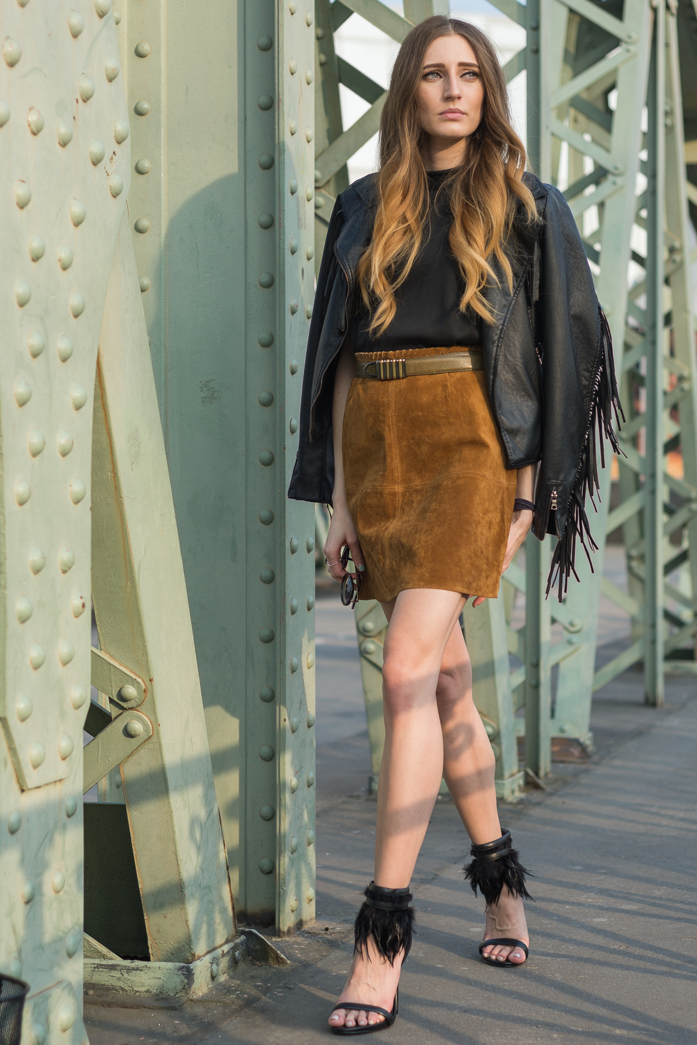 Suede skirt and fringe leather jacket | Lisa Fiege