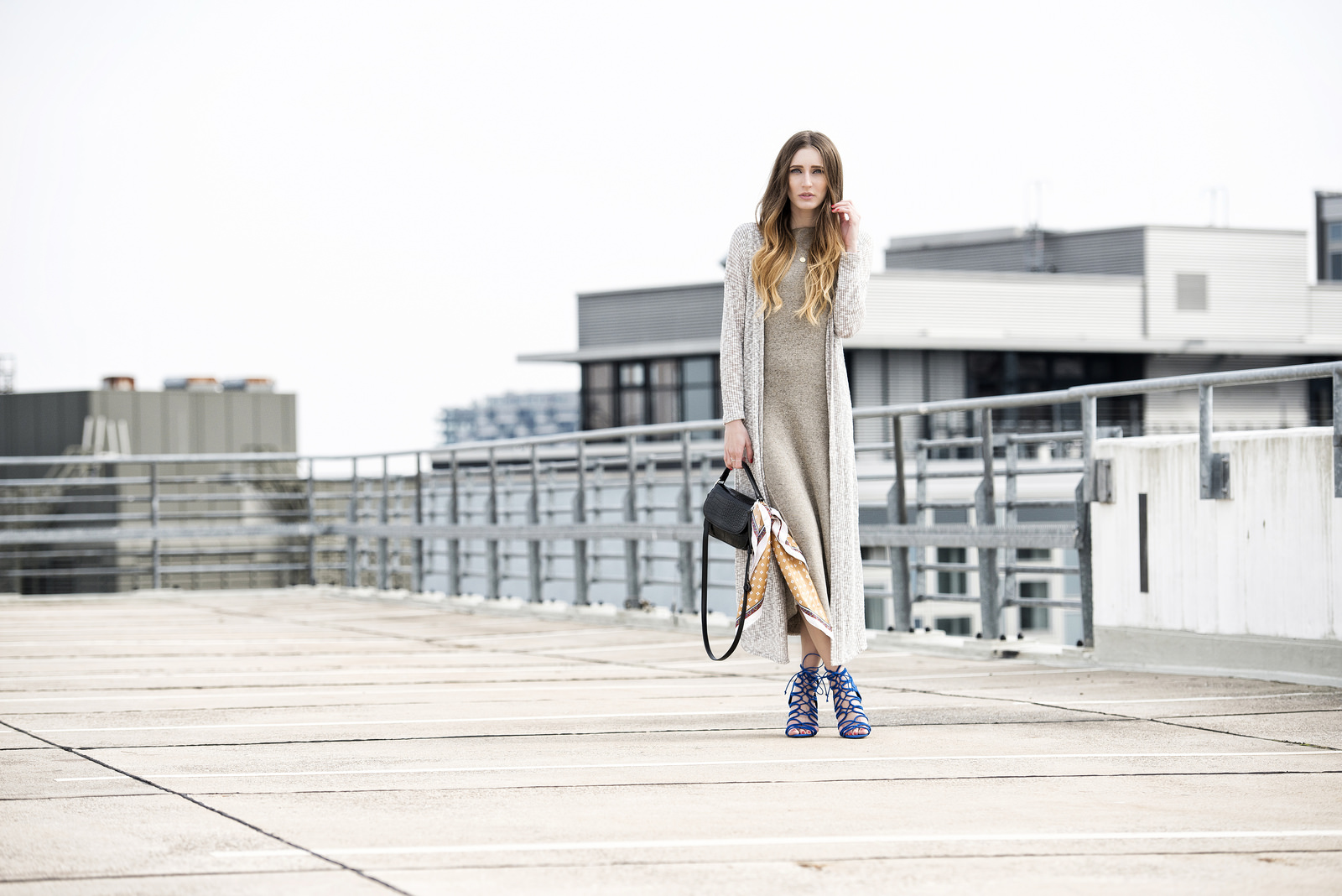 Zara Maxi Dress & Forever 21 Long Cardigan | Lisa Fiege