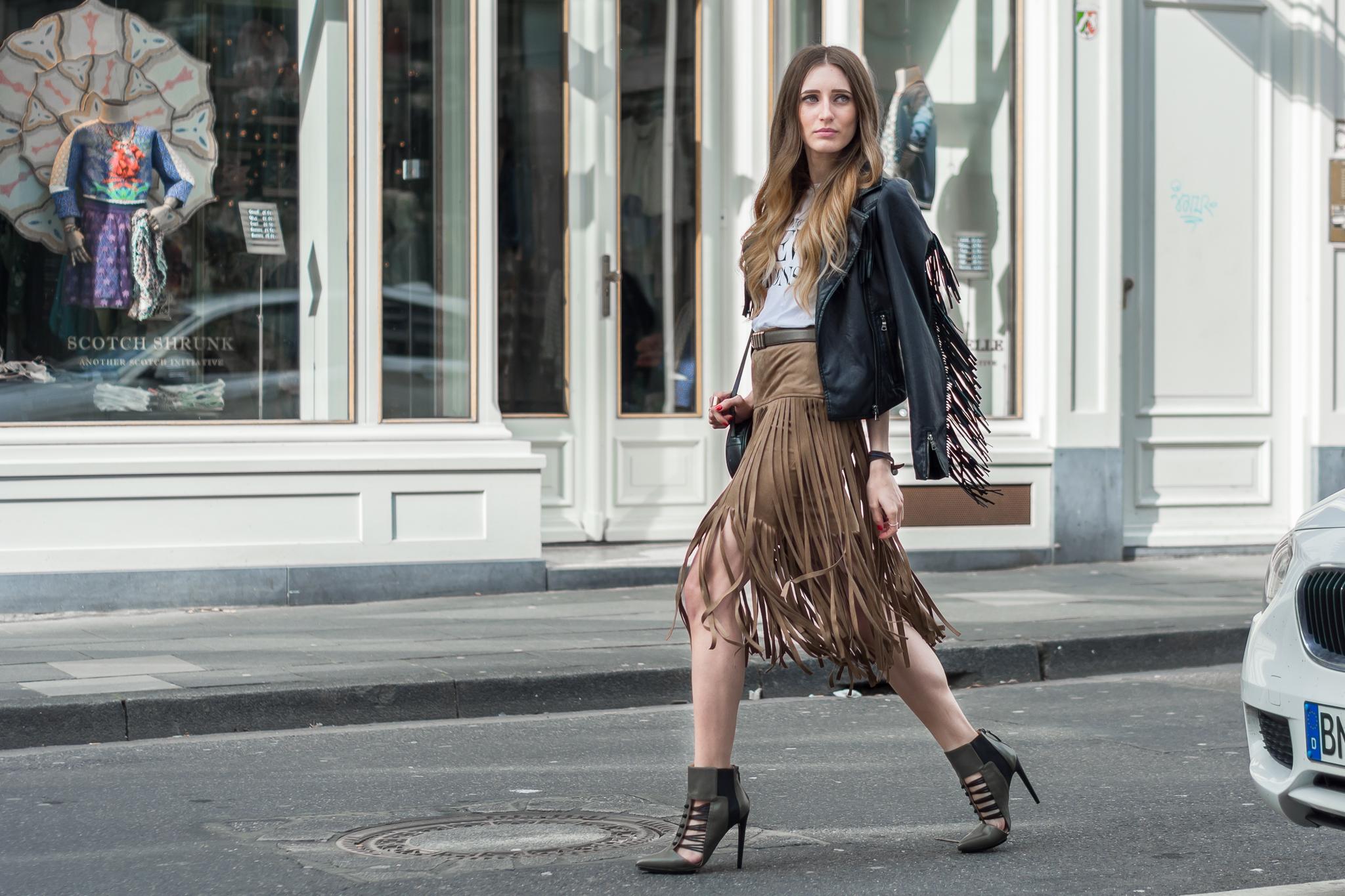 The perfect Fringe Skirt & Gwen Stefani x JustFab | Lisa Fiege