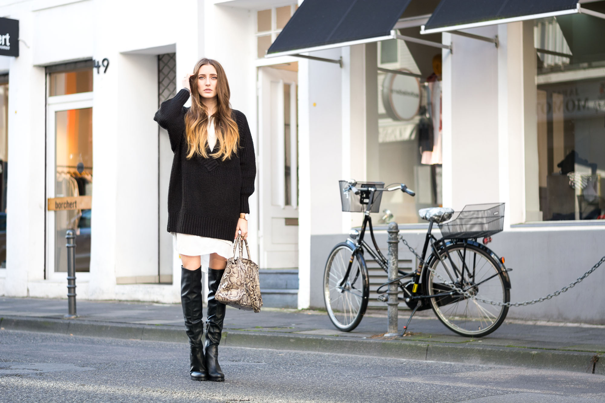 watch d8ee4 a6241 The Perfect Overknee Boots by Buffalo - Lisa Fiege