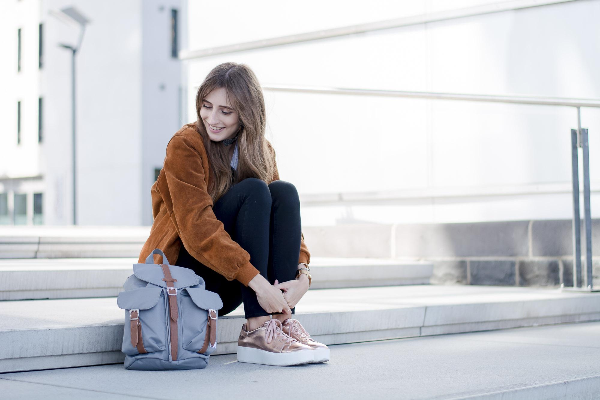 Metallic Sneakers by Deichmann | Lisa Fiege