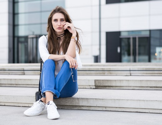 Replay Retro Sneakers & Bootcut Jeans | Lisa Fiege