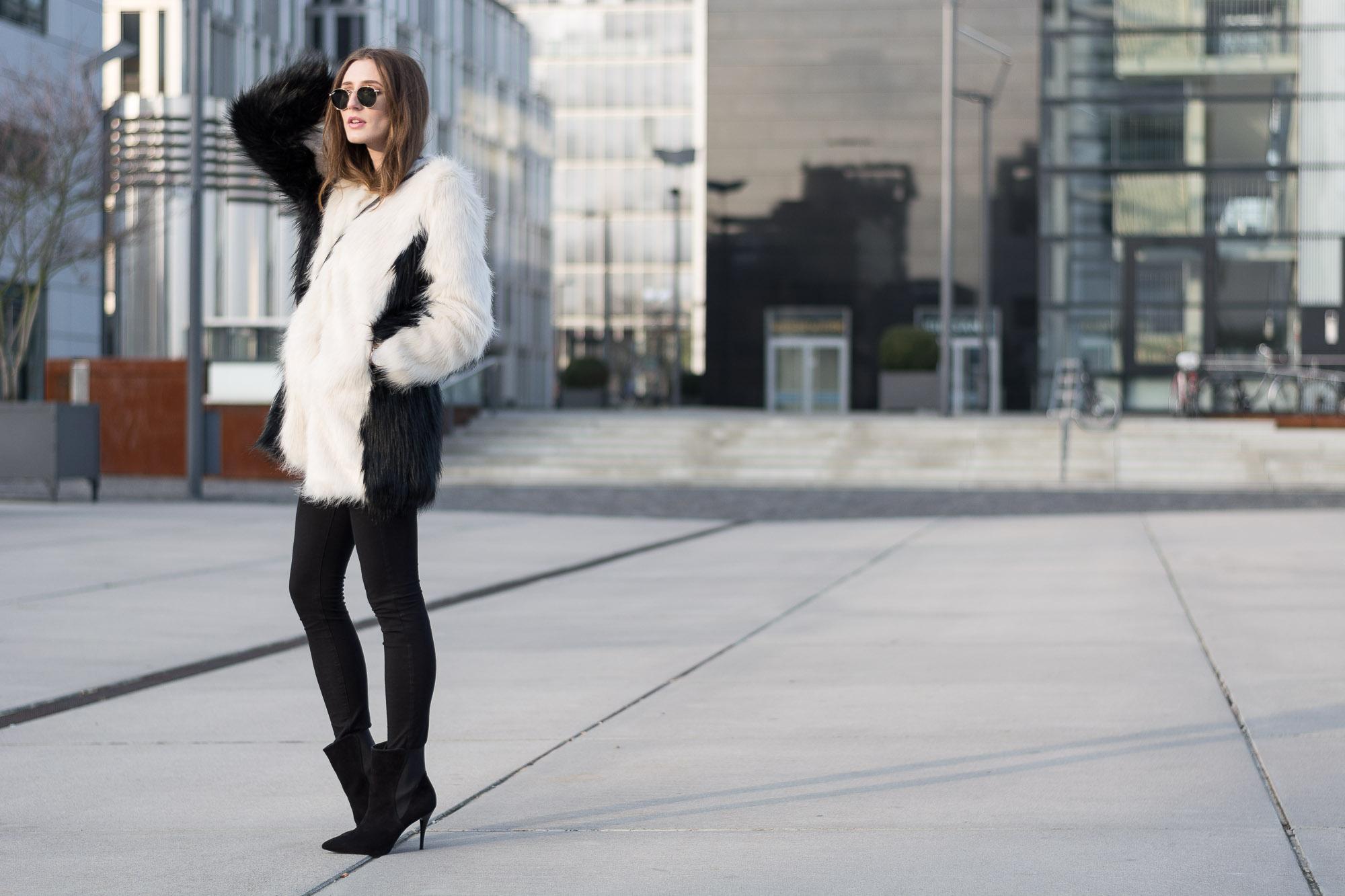 Unreal Fur Coat & Peter Kaiser Ankle Boots | Lisa Fiege