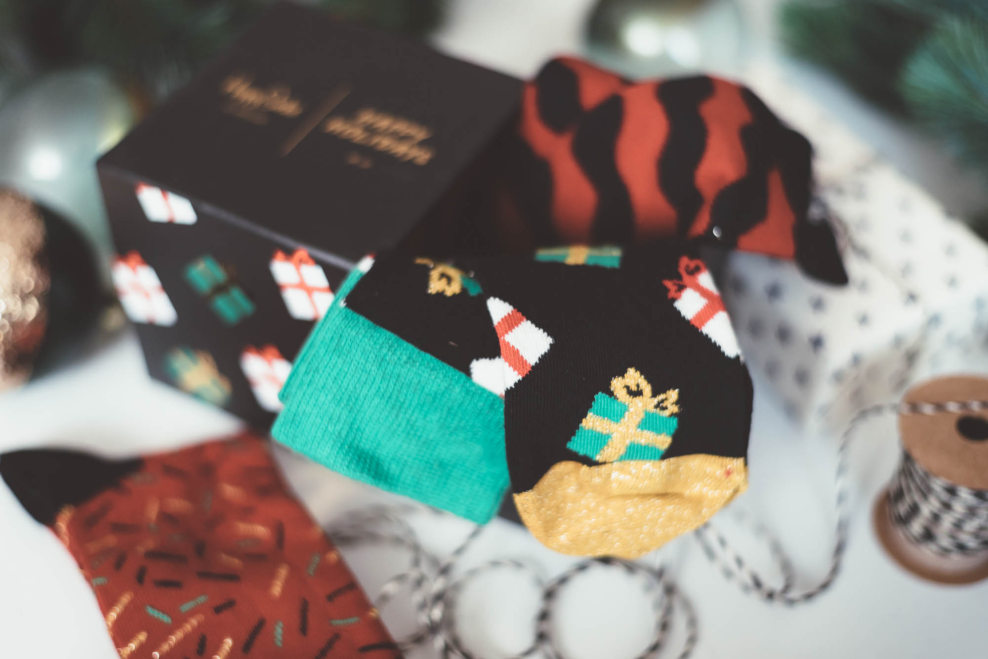 Christmas Gift Guide for Her | Happy Socks Christmas Socks Set | Lisa Fiege