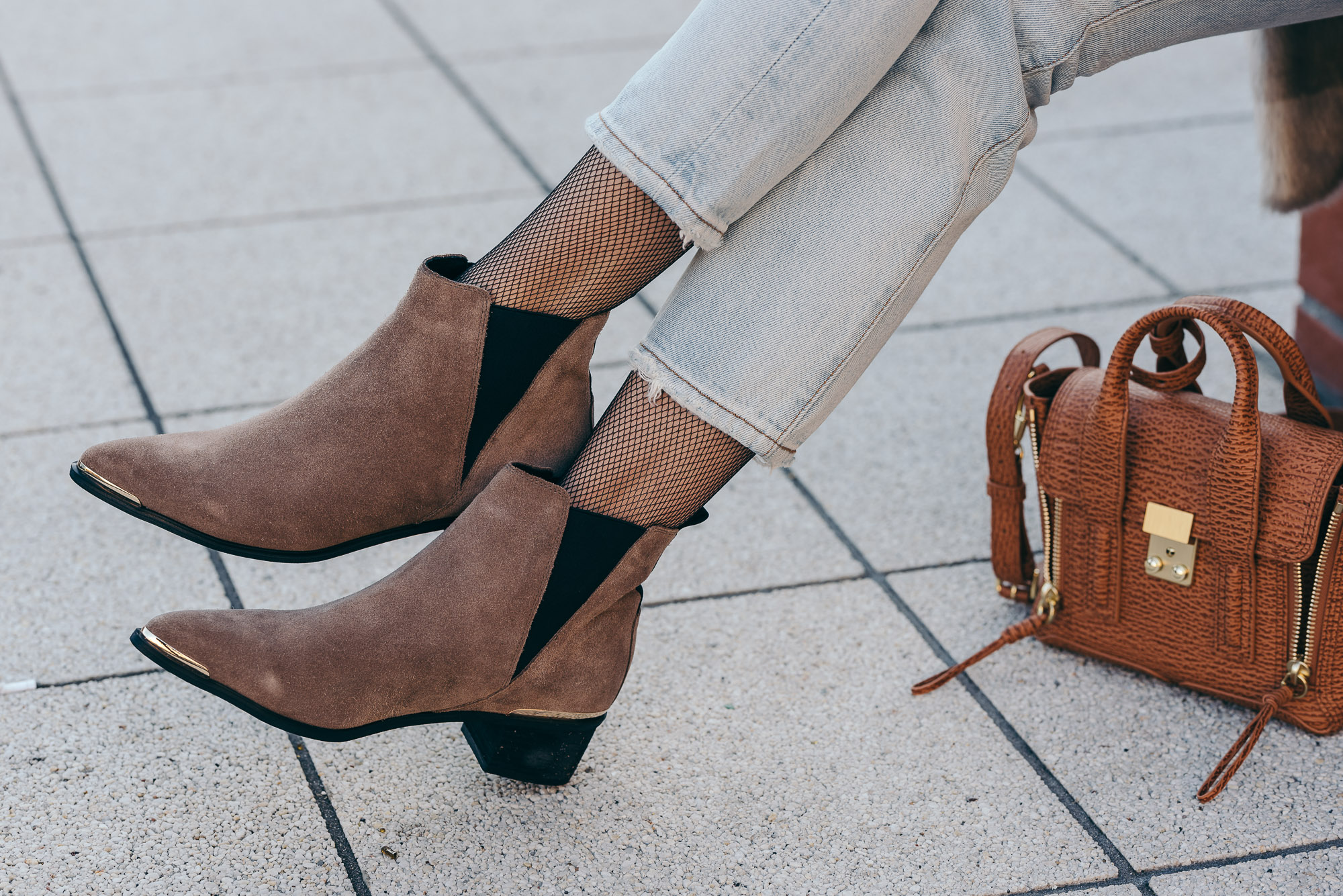 Buffalo Pointed Booties | Lisa Fiege