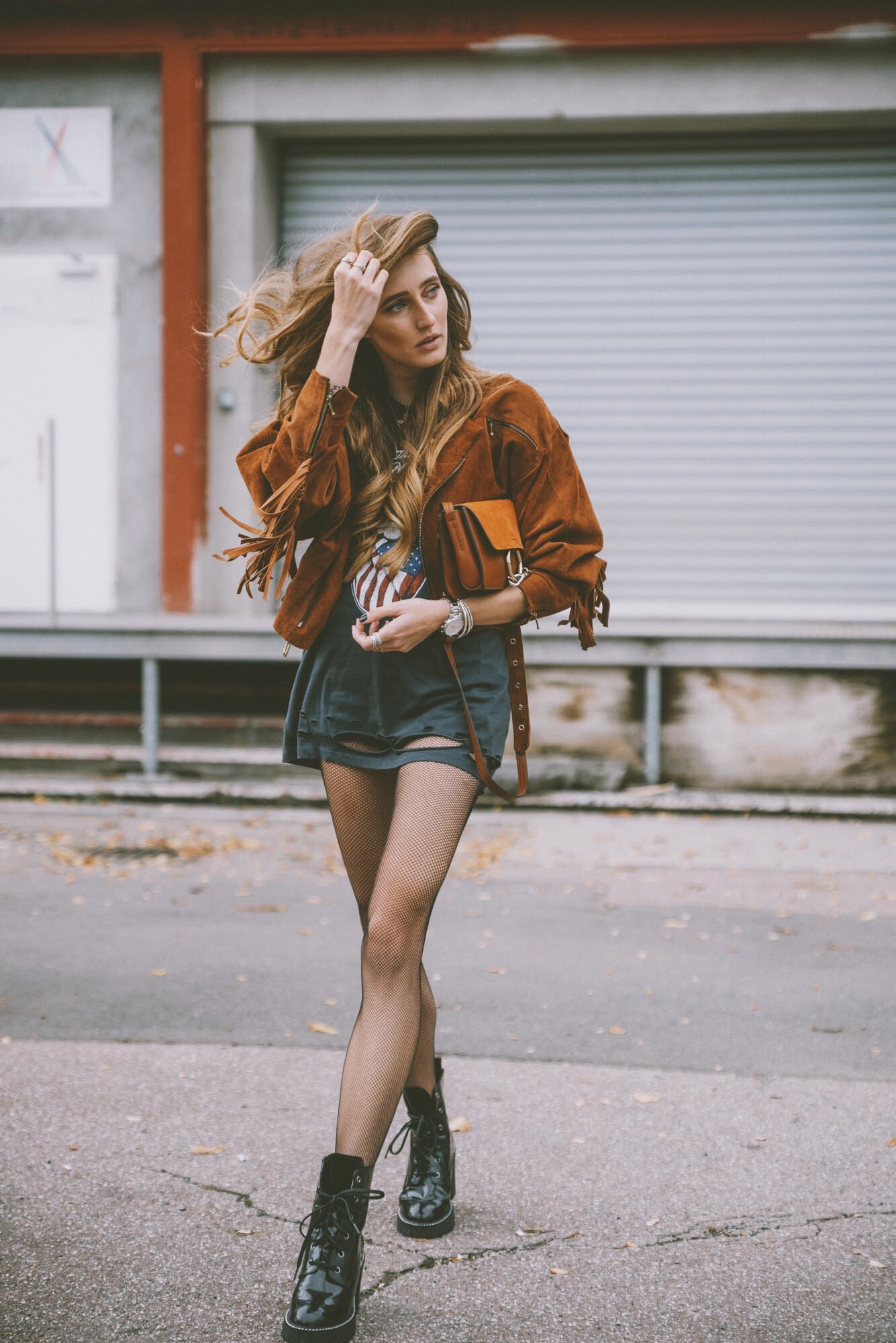 Chloé Faye | Lisa Fiege