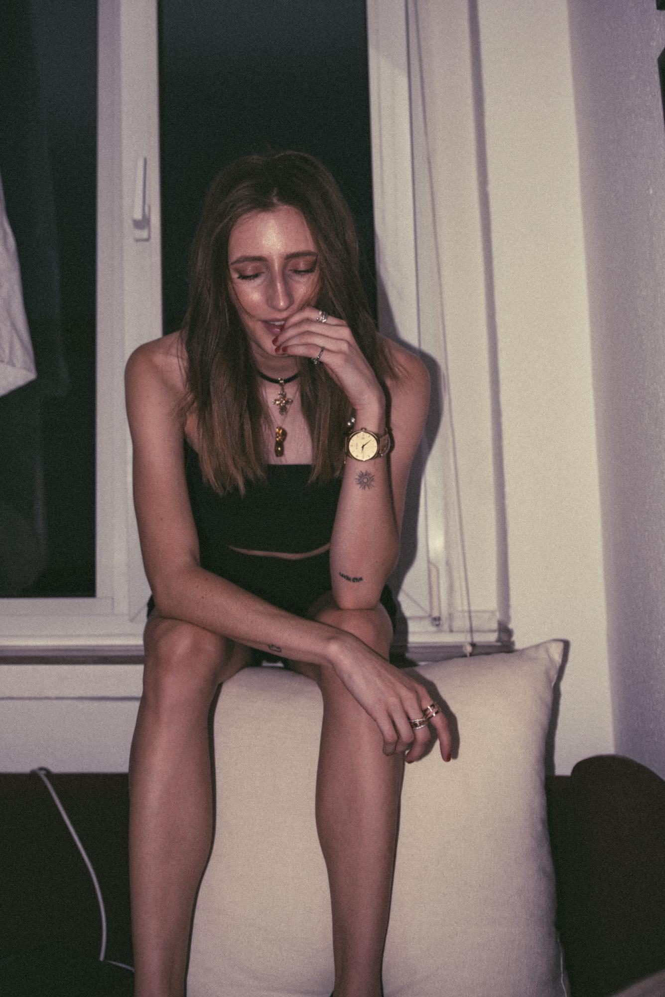 Going Insane Series | AnxietyDiary | Lisa Fiege